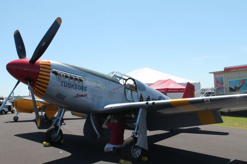 """Commemorative Air Force P-51C """"Red Tail"""" in Tallahassee, 2-6November"""