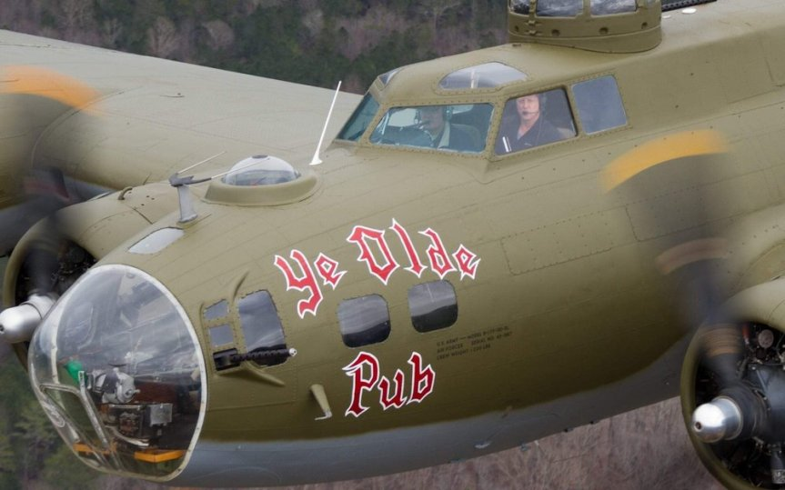 "B-17 ""Ye Olde Pub"" touring Florida as part of their 2020 Salute to Veterans tour"