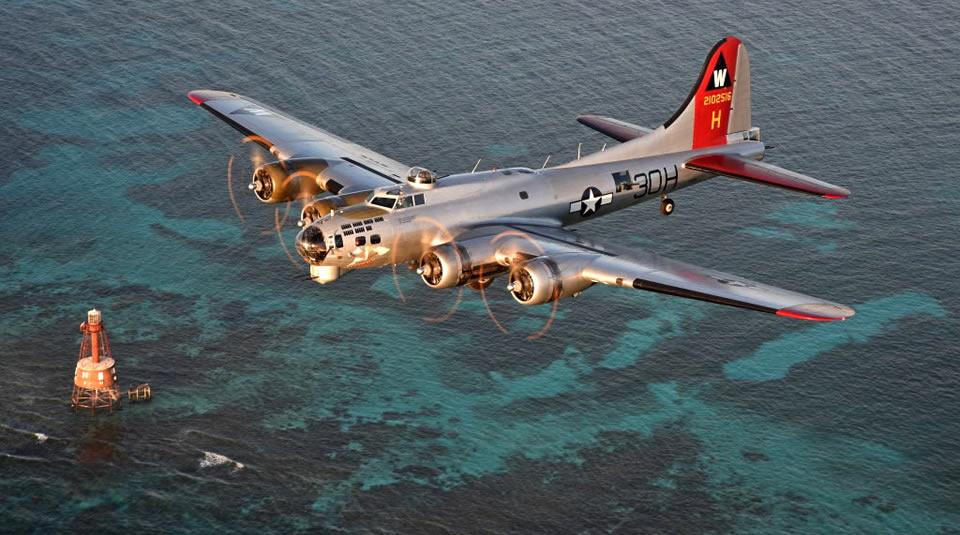 """EAA B-17 """"Aluminum Overcast"""" touring Florida"""